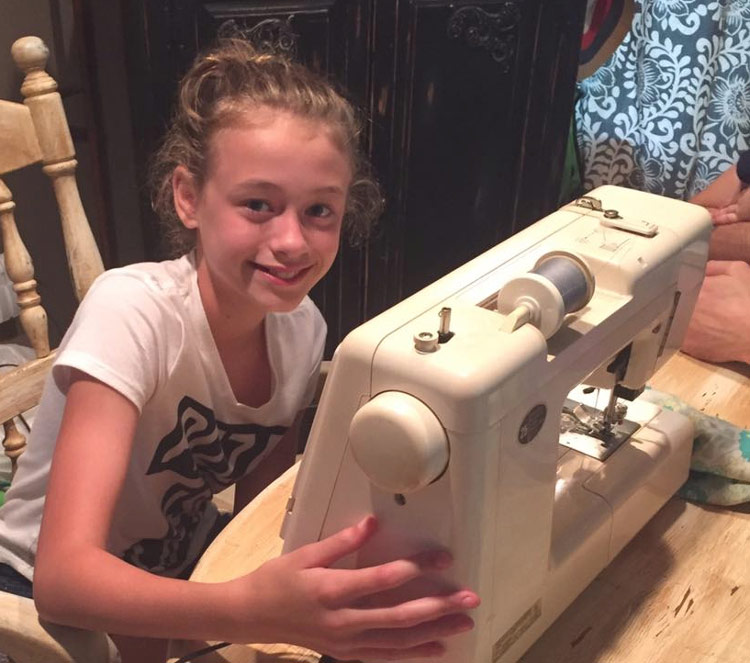 Tips on Teaching a Child to Sew