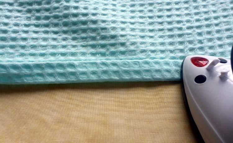DIY Anleitung: Kissen mit Hotelverschluss nähen