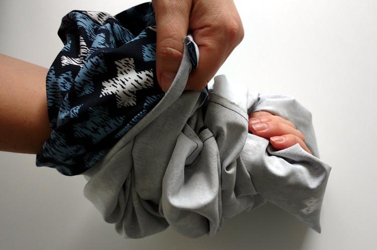 Come fare una sciarpa infinita