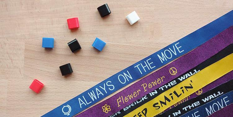 Hoe gebruik je polsbandjes met een schuifsluiting? Tips ter voorbereiding van je event!
