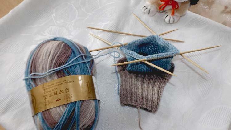 Hoe maak je gebreide sokken?